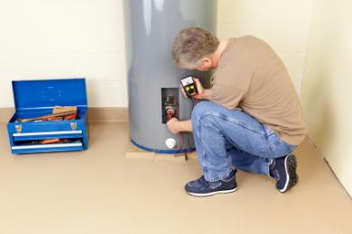 Plumber in folsom diagnoses a faulty 40 gallon storage water heater